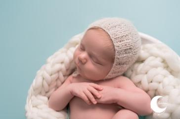 fotografía de bebé newborn en la pobla de vallbona, valencia