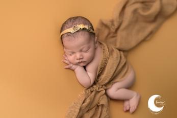 fotografía de recién nacido en ribarroja, Lunalupe Fotografía valencia