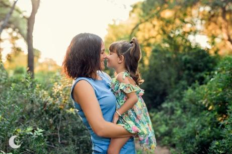 SESIÓN DE FOTOS DE FAMILIA EN EXTERIOR, LUNALUPE FOTOGRAFÍA VALENCIA (1)