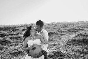 sesión de fotos de embarazo en exterior valencia