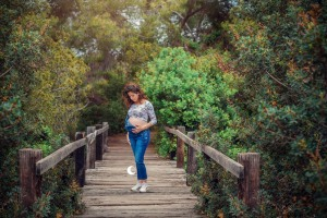retrato de embarazo en exterior, valencia, Lunalupe Fotografía
